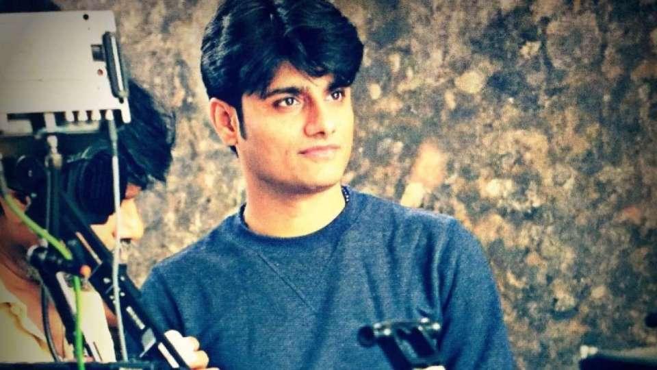 मां को लगी गोली तो मुंबई में बस गया परिवार, जानिए कौन है Cbi रडार पर आया संदीप सिंह?