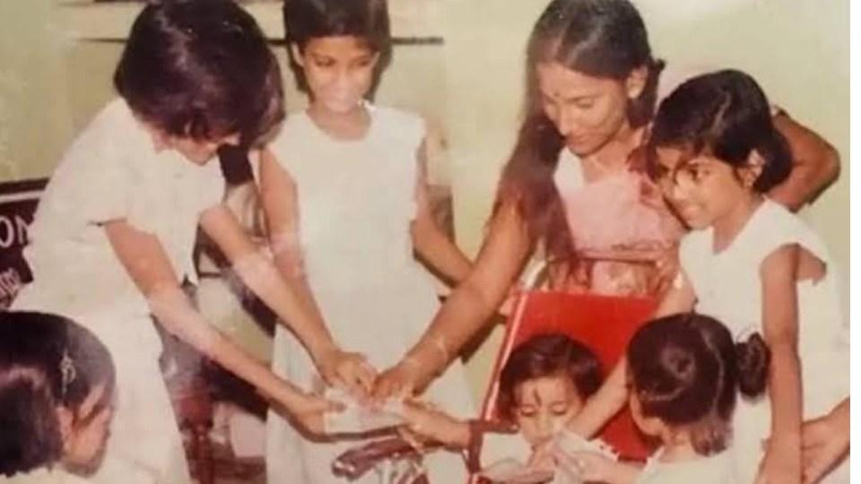 &Quot;पूजा की थाल सजी है, आरती भी जल रही है तुम्ही बताओ किसकी आरती उतारूँ&Quot; सुशांत की बहन ने किया ये भावुक पोस्ट