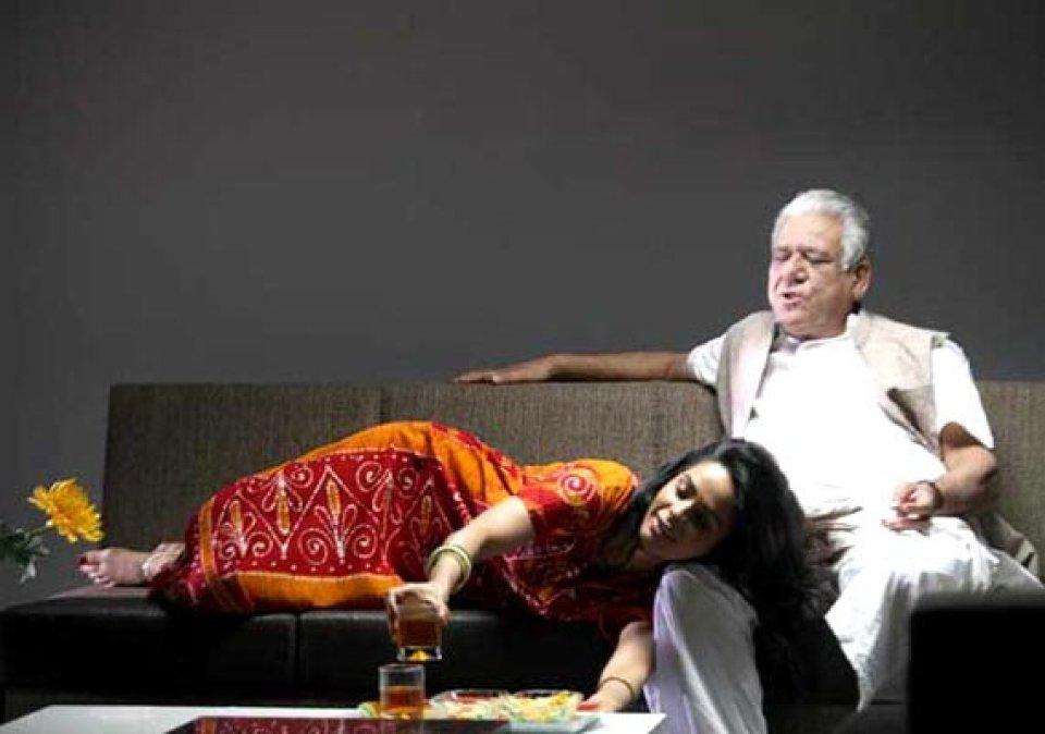 अमिताभ बच्चन से नसीरुद्दीन शाह तक किसी ने 45 तो किसी ने खुद से 38 साल छोटी एक्ट्रेस से किया प्यार