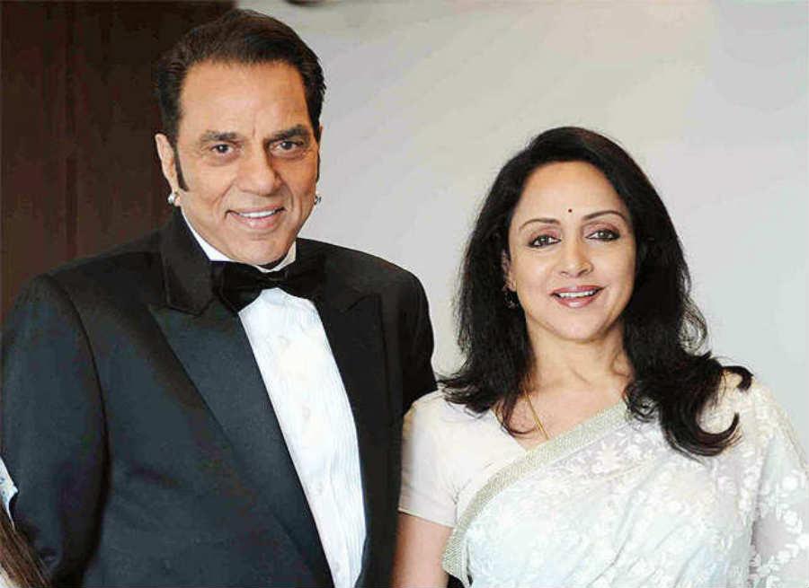 सनी देओल के साथ कैसा है उनकी सौतेली माँ हेमा मालिनी का रिश्ता, जानकर चौंक जायेंगे आप