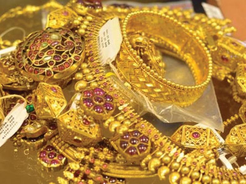 Gold Price : सोने की कीमत में आया उम्मीद से ज्यादा गिरावट, जाने 1 तोले का भाव