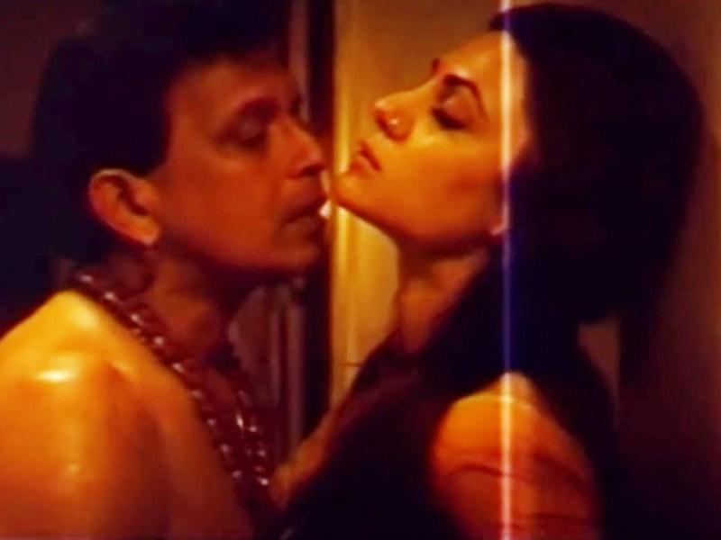 यंग सुष्मिता के साथ रोमांटिक सीन करते बेकाबू हुए थे मिथुन दा, रोने लगी थी एक्ट्रेस