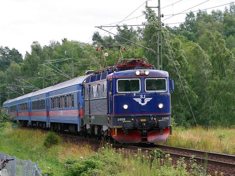 त्योहारों के सीजन में रेलवे बोर्ड ने रद्द की ये स्पेशल ट्रेनें, देखिए पूरी लिस्ट