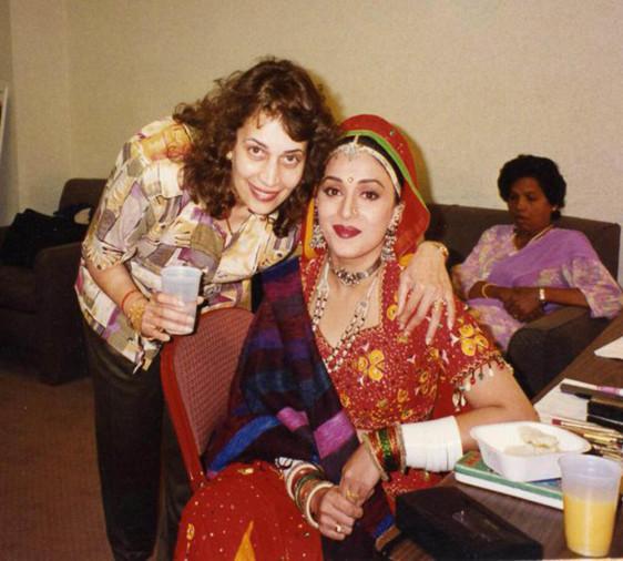 माधुरी दीक्षित की बहनें खूबसूरती के मामले में उन्हें भी देती हैं मात, देखें तस्वीरें