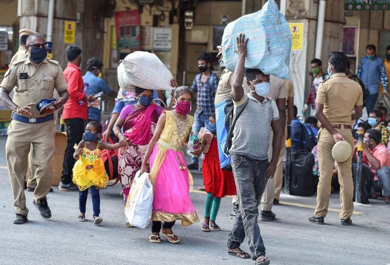 तमिलनाडु के ईंट भट्टों में कैद थे 6750 मज़दूर, 19 साल की मानसी ने बचाई मालिक से सभी की जान