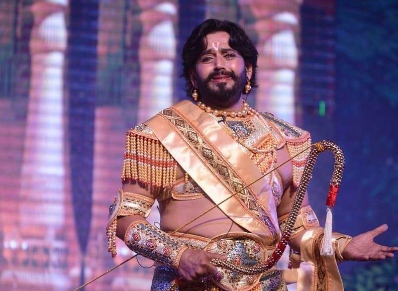 अयोध्या की रामलीला में रवि किशन ने निभाया ये किरदार, देखकर होंगे हैरान