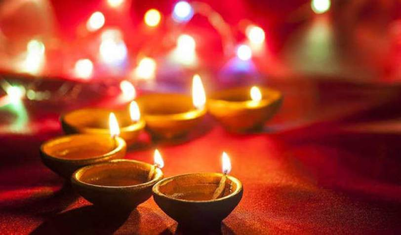 इस दिवाली में कब कब है शुभ मुहूर्तं, जानिए लक्ष्मी पूजा की चौघड़िया लग्न ऐसे करे पूजा होगी आर्थिक तंगी दूर