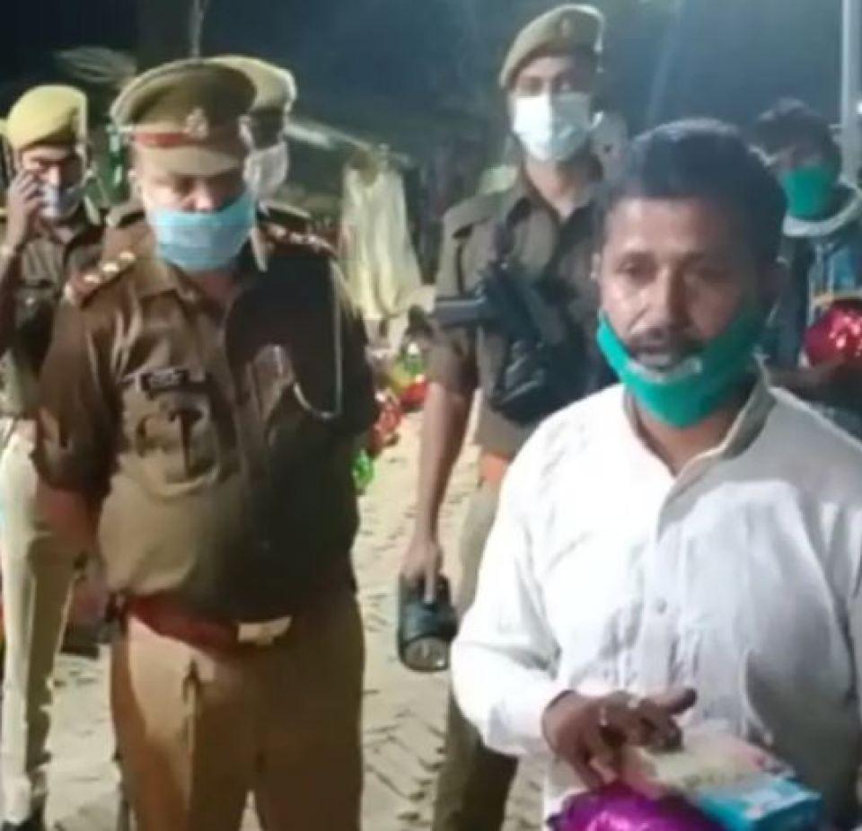 सीतापुर के एसपी आरपी सिंह ने खुद की जेब से क्यों भरा ऑटो का 3000 का चलान, जानिए