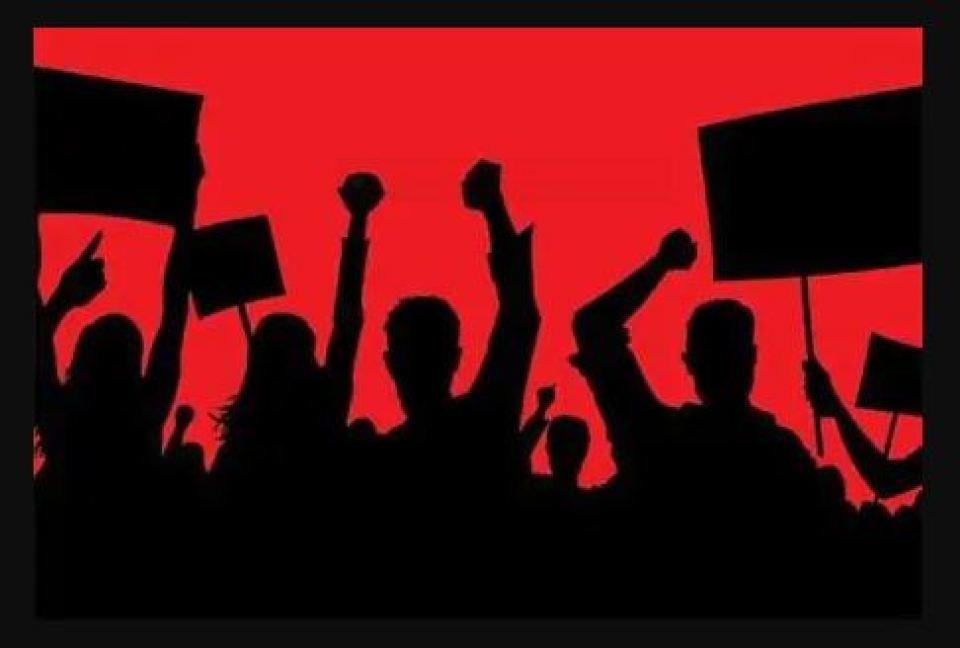 कल लगेगा बैंकों पर ताला , कर्मचारियो का हड़ताल, बैंक जाने से पहले जान लें महत्वपूर्ण बातें