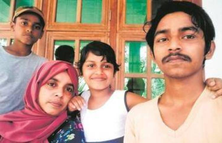 अर्नब गोस्वामी को 7 दिन में बेल, पर पत्रकार को 41 दिन बाद भी न्याय नहीं, पत्नी ने कहा- हम नागरिक नहीं हैं क्या?