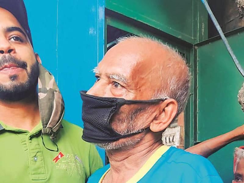 यूट्यूबर ने बाबा का ढाबा पर लगाया मानहानि का आरोप, ढाबा मालिक को दिए थे 3.78 लाख रुपये