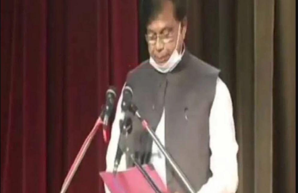 बिहार के शिक्षा मंत्री मेवालाल चौधरी ने 3 दिन में ही दिया इस्तीफा, जानिए वजह