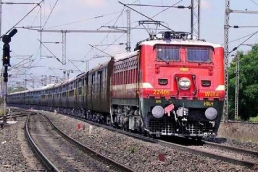 कई फेस्टिवल और स्पेशल ट्रेनें रद्द, यात्रा करने से पहले देखें ये लिस्ट