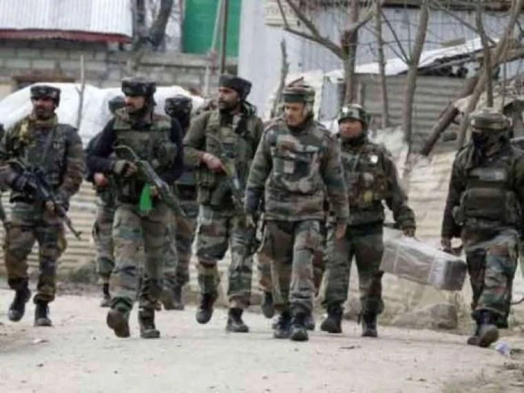 श्रीनगर मुठभेड़ में 3 आतंकी ढेर, सुरक्षाबलों का सफाई अभियान अभी भी है जारी