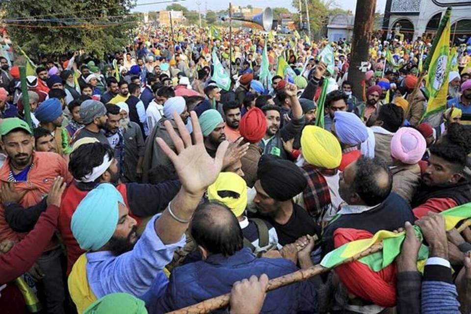 किसान आंदोलन पर कनाडा के प्रधानमंत्री जस्टिन ट्रूडो का बयान- 'स्थिति चिंताजनक, हम साथ खड़े हैं'