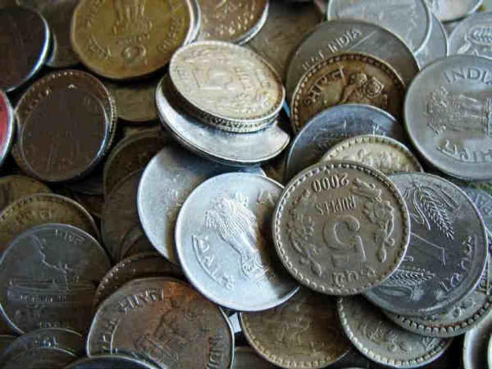 1 रुपए का ये सिक्का आपको रातों रात बना सकता है करोड़पति, जानिए कैसे मिलेंगे करोड़ों रुपए