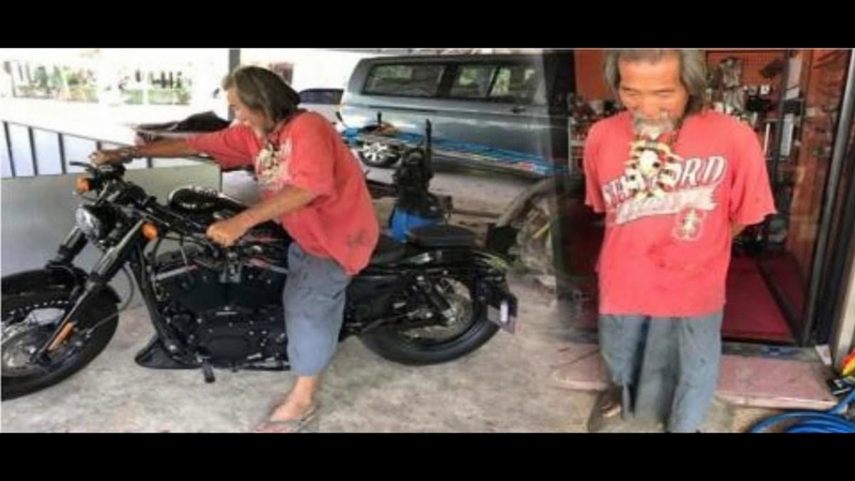 भिखारी समझकर शोरूम से निकाला बाहर, फिर उसने 12 लाख की बाइक खरीद सिखाया सबक