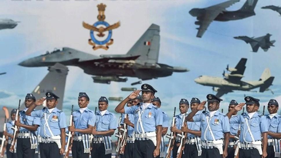Indian Air Force Recruitment 2021: भारतीय वायुसेना में निकली बंपर भर्ती, जानिए क्या है योग्यता और अंतिम तिथि