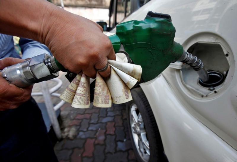 इस वजह से तेजी से बढ़ रहा है पेट्रोल और डीजल की कीमत, जानिए वजह