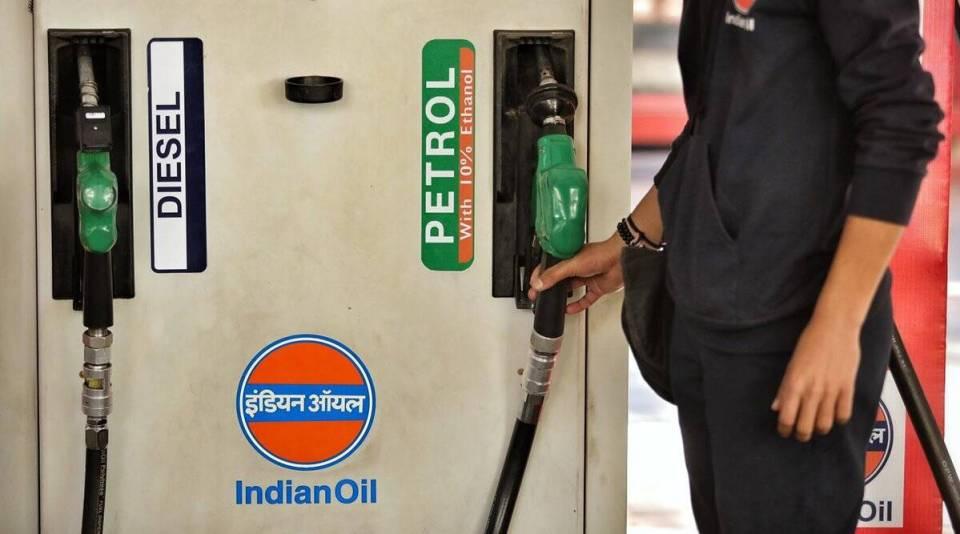 Today 10 May Petrol And Diesel Price: आज फिर बढ़े पेट्रोल और डीजल के दाम, अब 1 लीटर के लिए इतनी करनी पड़ेगी जेब ढीली