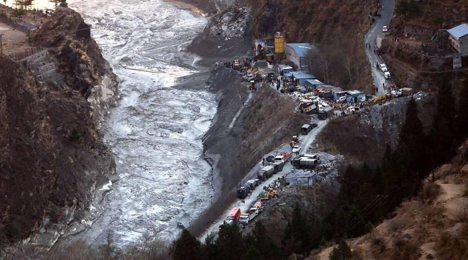 चमोली तबाही से यूपी में खतरा, 27 जिलों में अलर्ट, इमरजेंसी के लिए नम्बर जारी