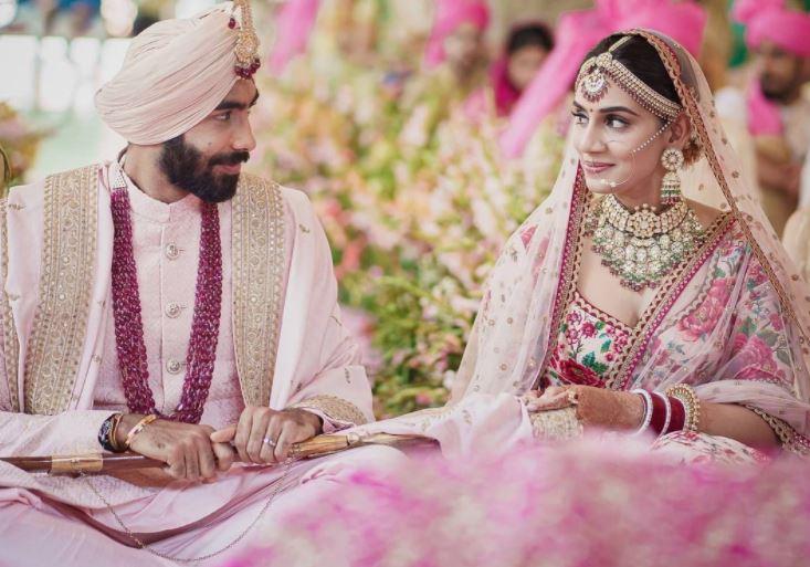 जसप्रीत बुमराह से पहले ये क्रिकेटर भी कर चुके हैं स्पोर्ट्स एंकर से शादी