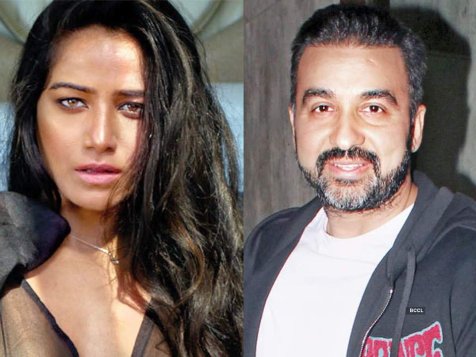 राज कुंद्रा की पोर्नोग्राफी मामले में गिरफ्तारी के बाद पूनम पांडे ने शिल्पा शेट्टी के लिए कहा मुझे चिंता हो रही है कि कैसे......