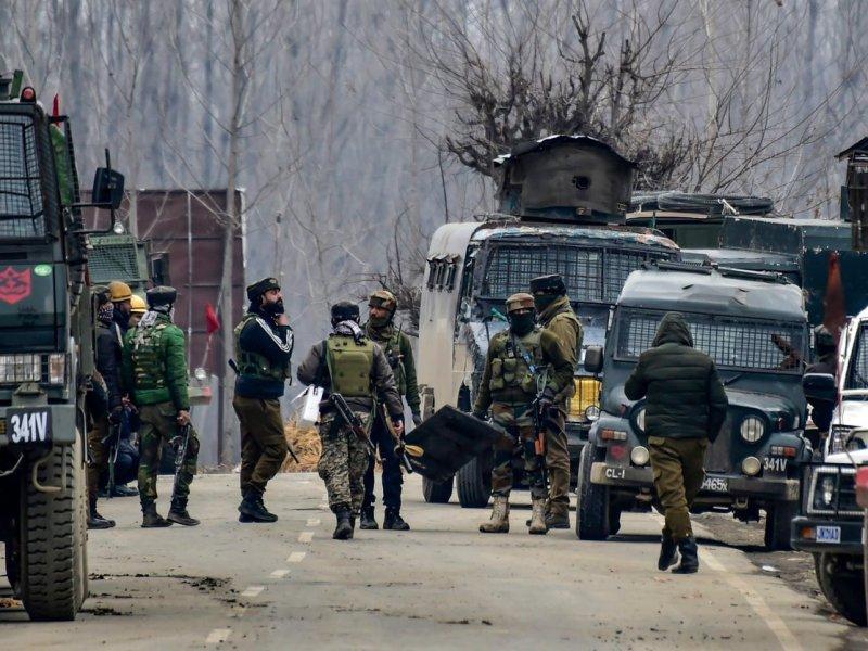 Pulwama Encounter: पुलवामा में 3 आतंकी ढेर, लश्कर कमांडर एजाज उर्फ अबू हुरैरा भी मारा गया
