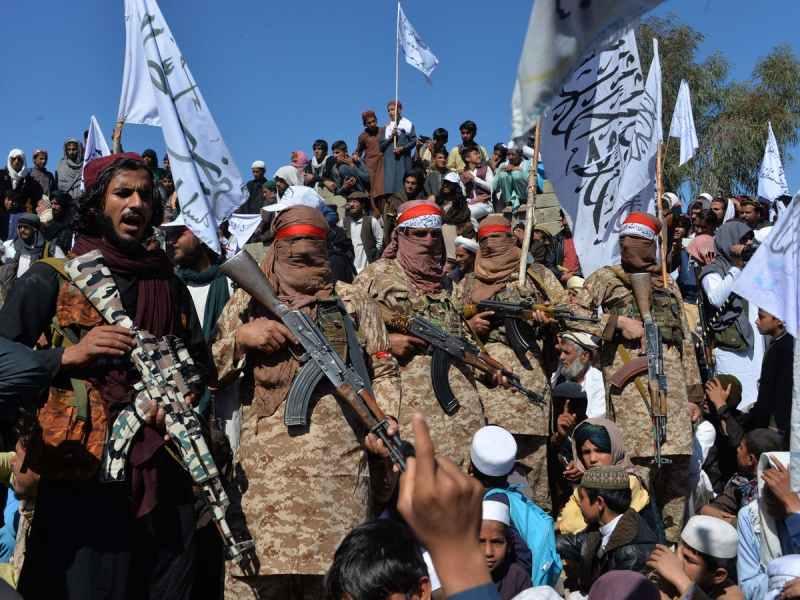 तालिबान का आतंक शुरू, अब दिखा रहा अपना असली चेहरा, प्रदर्शनकारियों पर की फायरिंग, दो की मौत, 12 लोग घायल