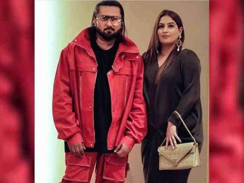 &Quot;है घर है पैसा है गाड़ी आप दो जोड़ी मे लड़की भेजो लड़की हुई हमारी&Quot; पत्नी के आरोपों के बाद अपने ही गानों से ट्रोल हो रहे हनी सिंह