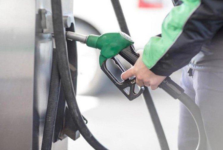 Petrol Diesel Price : हर रोज बढ़ रहा पेट्रोल और डीजल का दाम, जाने किस शहर में क्या है नया रेट?