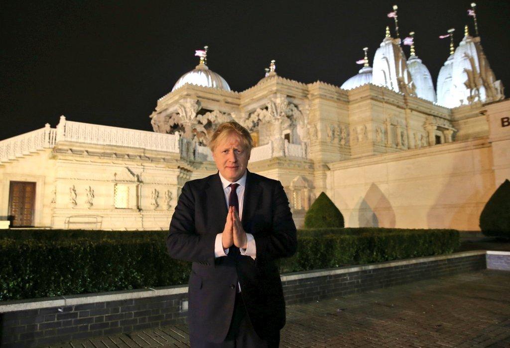 Boris Johnson at Swaminarayan temple, London