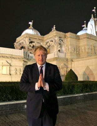 Boris Johnson at Swaminarayan temple, London