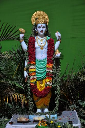 Lord Dhanvanthari – The God of Ayurveda and Indian Medicine and Health
