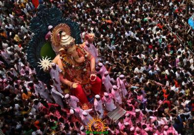 Lalbaugcha Raja Visarjan 2013 procession