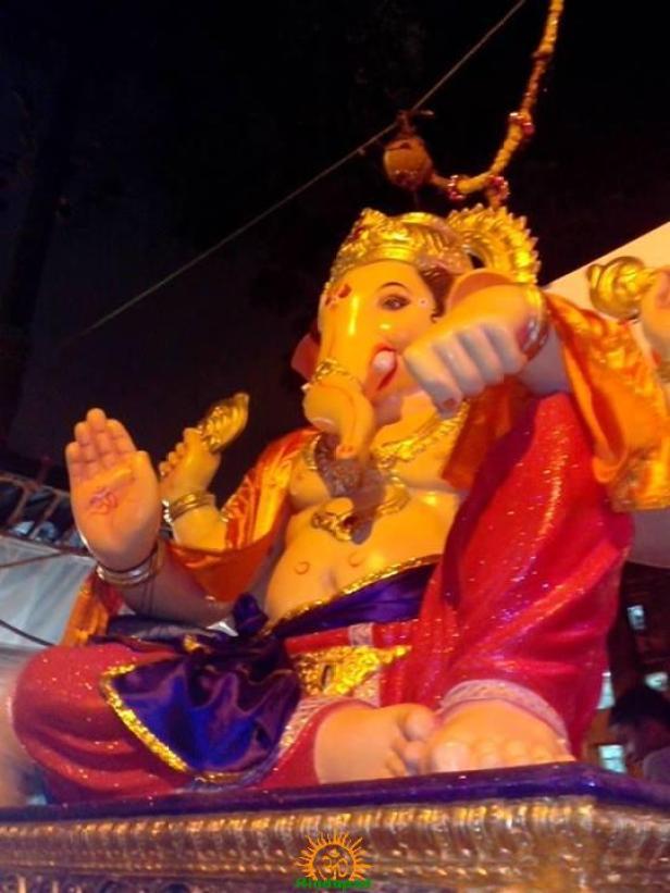 Nagpadacha Lambodar 2013