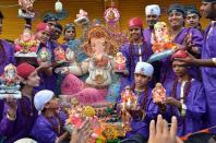 Bal Yuva Mandal Hindinagar Goshamahal Ganesh 1