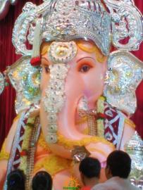 Tulshibaug Ganapathi 2015