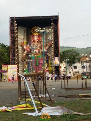 72 feet largest ganesha idol at Vijayawada 2016 3