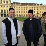 Shaykh Mehmed, Ayberk Efendi vor Schloss Schönbrunn