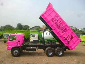 Harga-Hino-Dump-Truck-300x225
