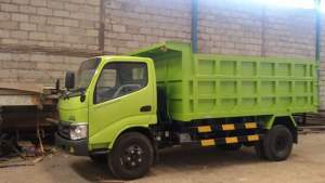 Harga-dumpt-truck-hino-dutro-130-hd-x-power-300x169