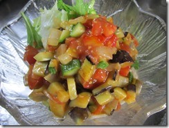 夏野菜のさといも麺