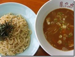 日の出食堂2種類のさといも麺のつけ麺 (2)