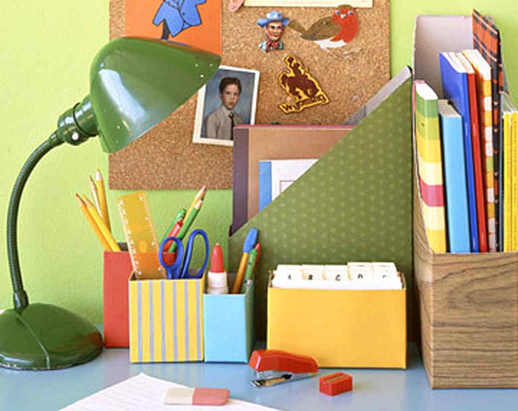 ways to repurpose trash – decorated boxes for desktop storage