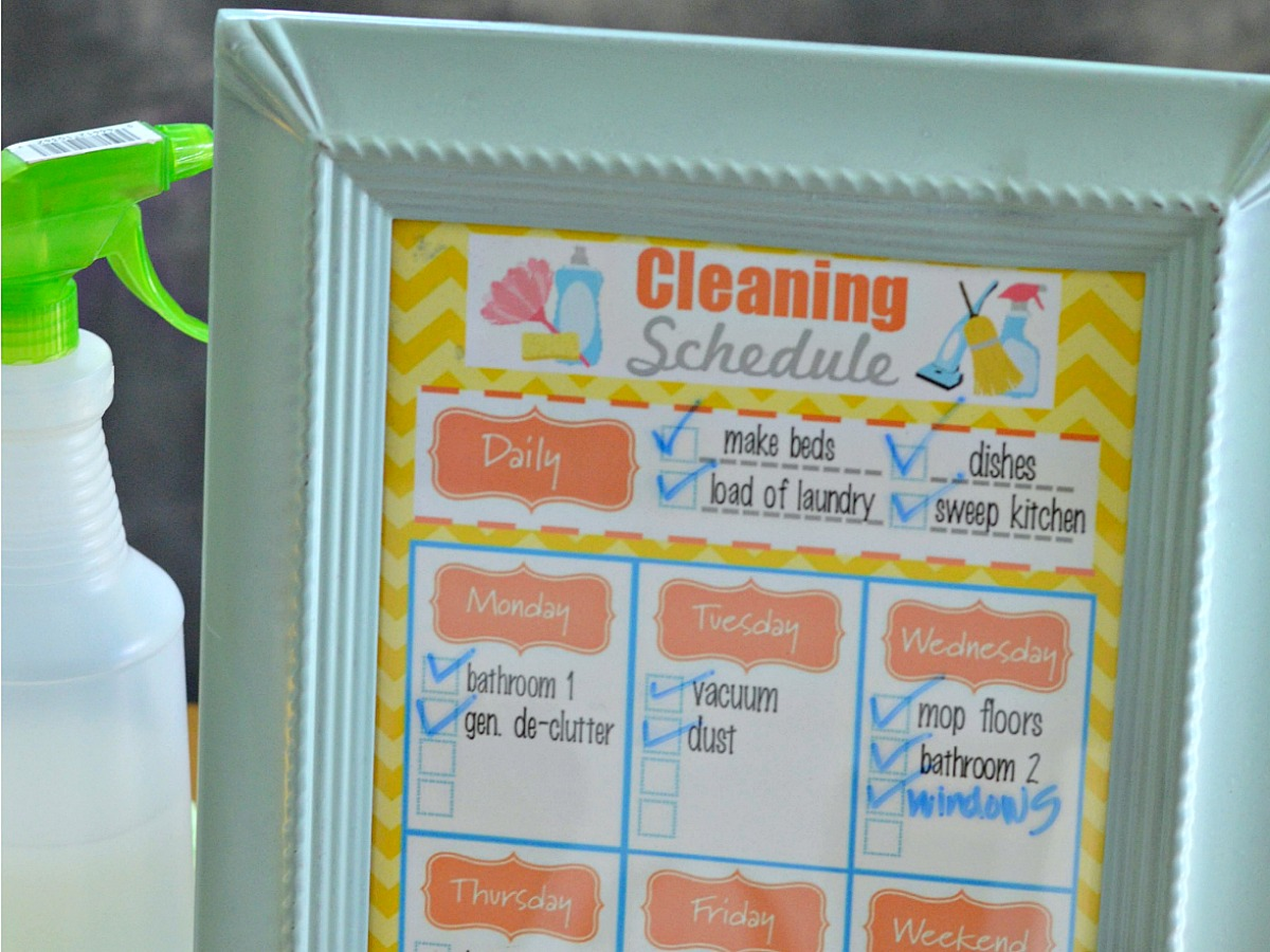 decluttering and organizing with simple home tips – cleaning schedule checklist printable