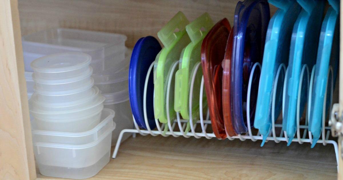 storage lids on a cd rack