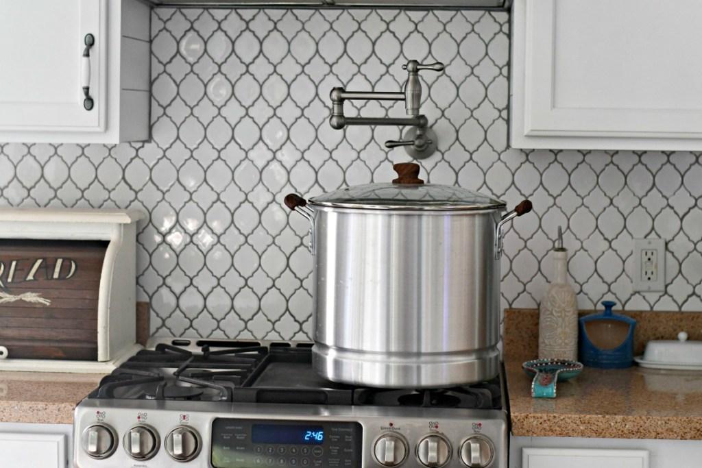 32 quart pot for crab boil using a pot filler