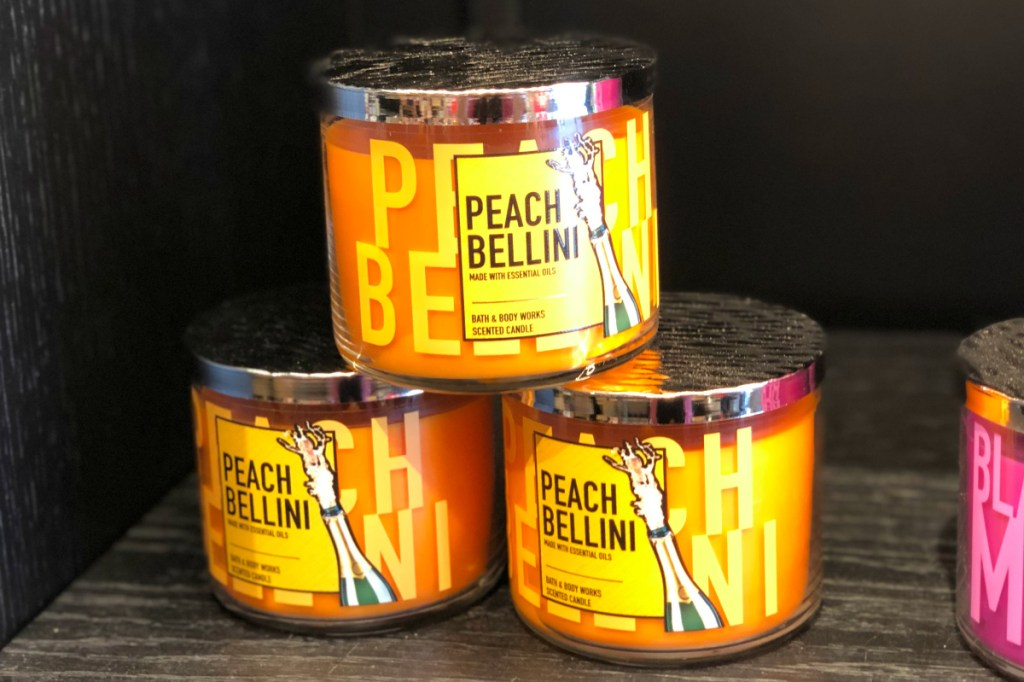 Bath & Body Works Peach Bellini candle