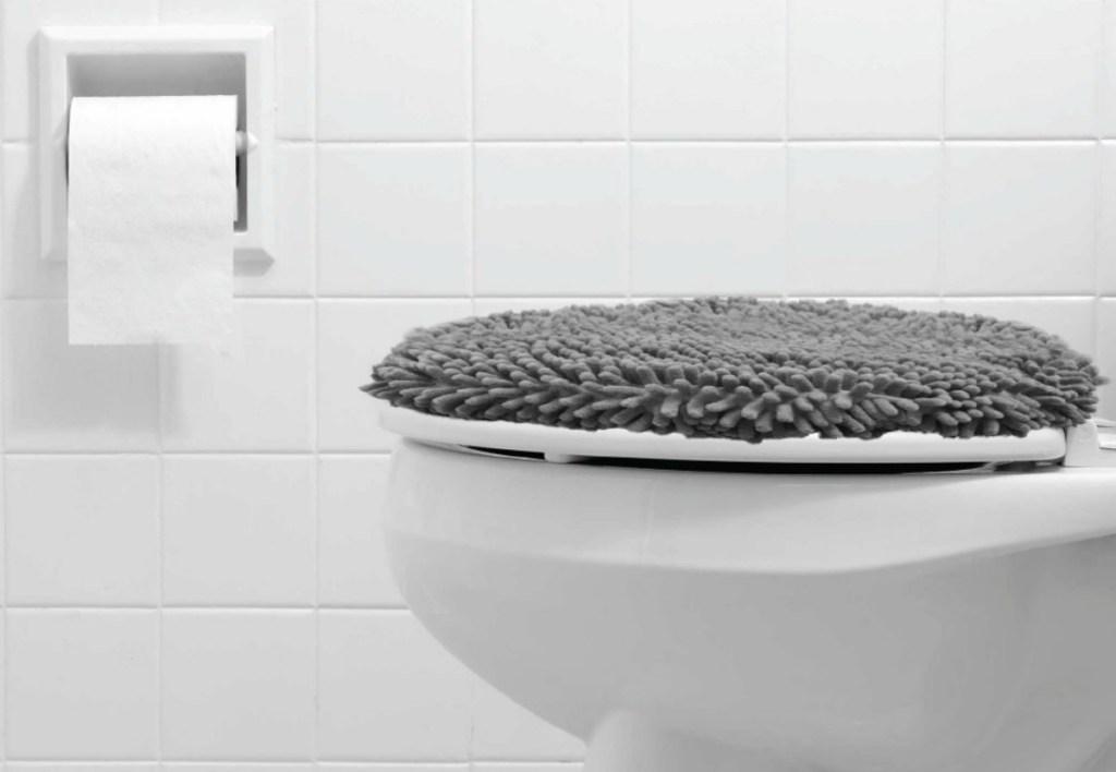 Gorilla Grip Original Shag Chenille Bath Rug Toilet Lid Cover